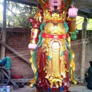 tuong-ho-phap-tay-cam-ngoc